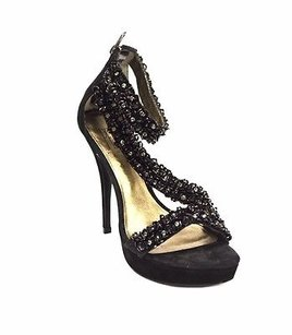 Pelle Moda Favilla Black Pumps