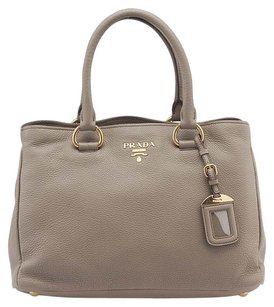 Prada Leather Grey Tote in Grey, Beige