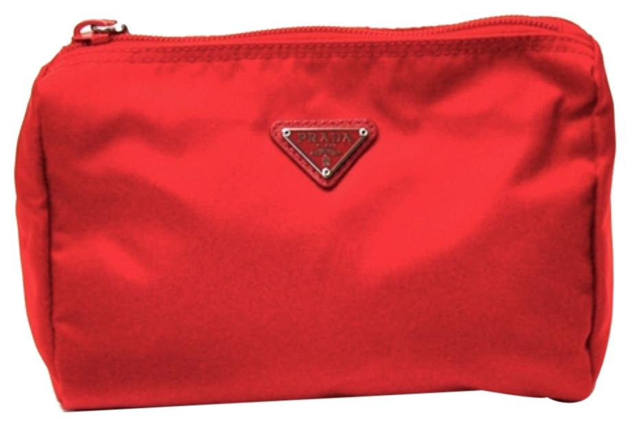 b2cd1f132c40b ... where can i buy red prada cosmetic bags up to 70 off at tradesy 8376a  0ae51