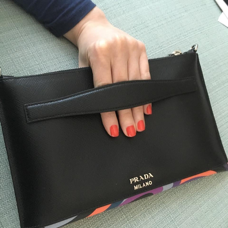 Discount Find Great Low Cost Cheap Price Prada Saffiano zipped clutch Get Authentic Sale Online Cheap Sale Marketable pH7noOp