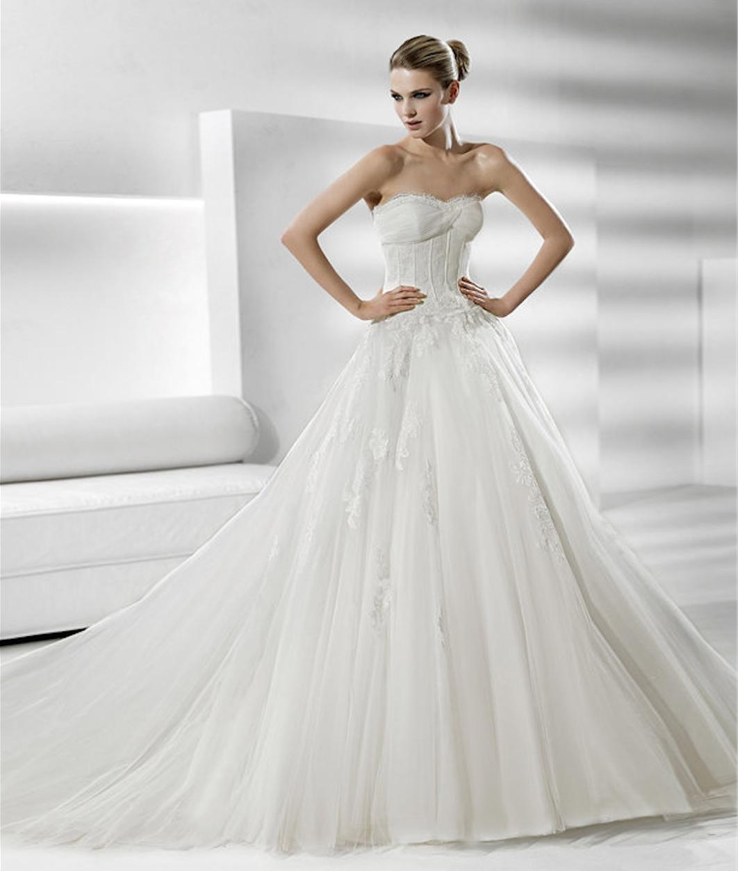 White Dresses with Tulle