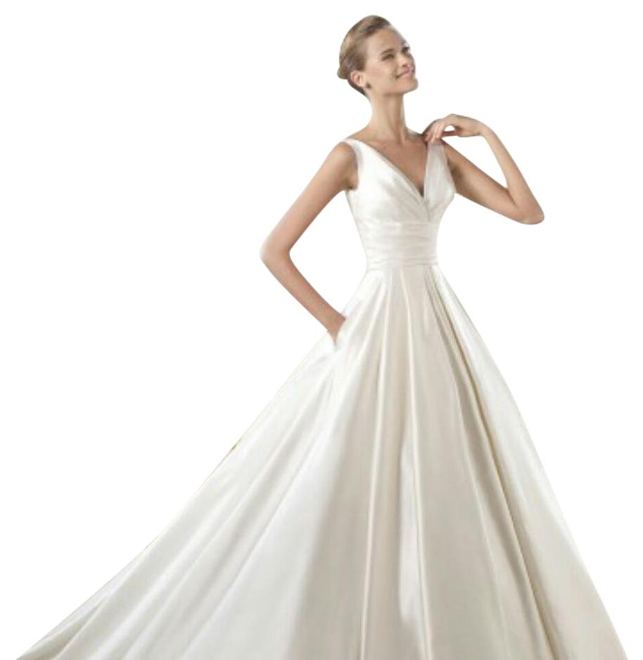 wedding dresses for sale pronovias ocumo wedding dress on 57 wedding 9340