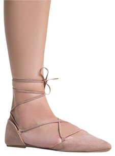 Qupid Ankle-strap Closed-toe Beige Flats