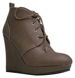 Qupid Brown Boots