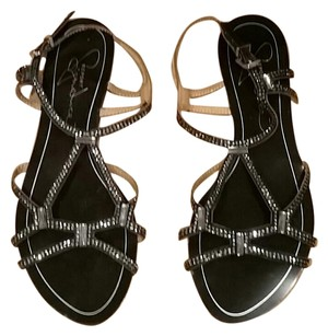 Report Signature Black Sandals