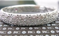Roberto Coin Roberto Coin 18kt Granada Diamond Thick Bangle .60ct