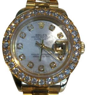 Rolex Rolex 26mm 18kt Gold With Mother of Pearl Diamond Dial