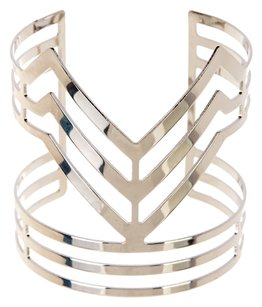 Romeo & Juliet Couture Romeo & Juliet Couture Arrow Cutout Cuff Bracelet