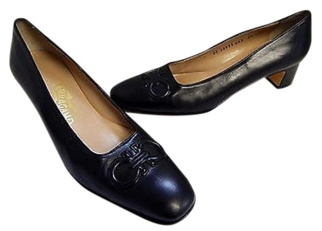 Salvatore Ferragamo Gancini Leather Pumps buy cheap for nice Inexpensive cheap price cheap new styles vjm4cz