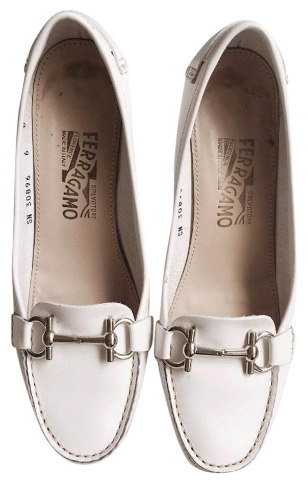 Salvatore Ferragamo White Leather Pumps Size US 6 Regular (M, B)