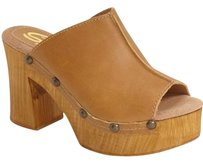 Sbicca Natural Tan Mules