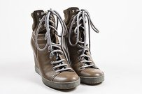 See by Chlo Chloe Gray Taupe Boots