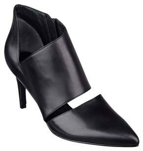 Sigerson Morrison Bootie Leather Cut-out Pointed Toe Black Pumps