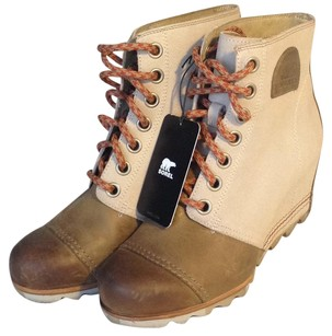 Sorel Canvas Leather Wedge Camel Boots