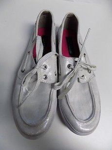 Sperry Metalic Gray And White Flats