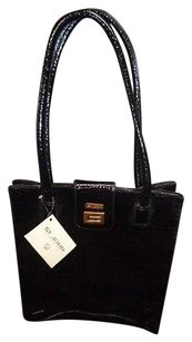 St. John Patent Leather Tote in Black