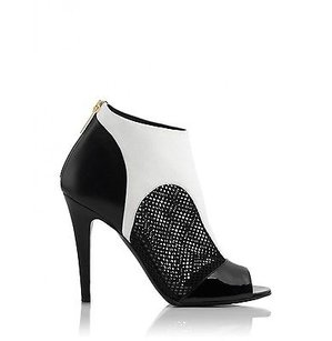 Tamara Mellon Of Jimmy Choo Game Booties 105mm Heels Black / White Sandals