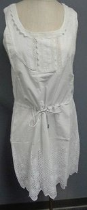 The Territory Ahead short dress White Tea Lace Floral Accented Sleeveless Sz6 Sm3504 on Tradesy