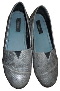 Theme 9 Slip On Silver Boots