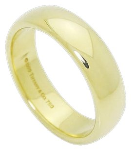 Tiffany & Co. 1999 Tiffany Co. 18k Yellow Gold 6mm Band Ring R655