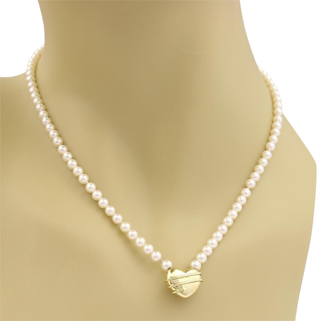 Gucci Pearl necklace with heart pendant