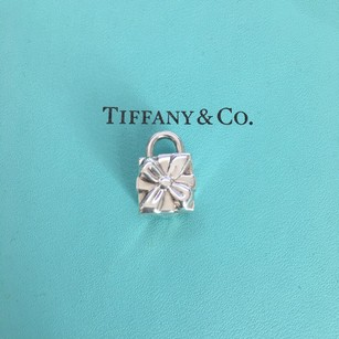 Tiffany & Co. Silver Present Gift Lock (Opens and Closes) Charm Pendant POUCH!