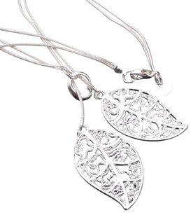 TIVOLI Sterling silver double filigree leaf necklace