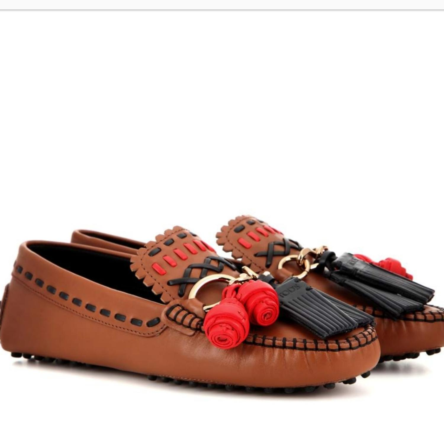 Tod's Camel. Coral. Black. Gold. Gommino Gipsy Driving Moc Flats Size US 10 Regular (M, B)