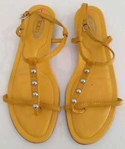 Tod's Patent Leather Flat Casual Gladiator K Yellow Sandals