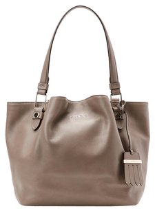 Tod's Tote in TAUPE CREAM