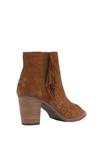 TOMS 410003175870 Brown Boots