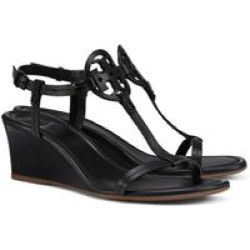 The New Sandal Style Our Team Is Wearing With Everything