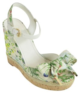 Tory Burch Patent Leather Saffiano Wedge Botanical / Ivory Wedges