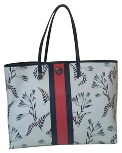 Tory Burch Tote in CAPE FLORAL