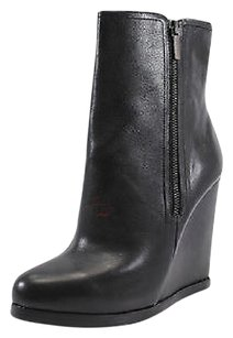 Truth or Dare by Madonna Womens black Boots