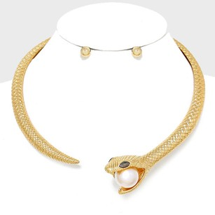 Vera Bradley Vera Pearl Accent Gold Serpent Snake Collar Choker Necklace And Earring
