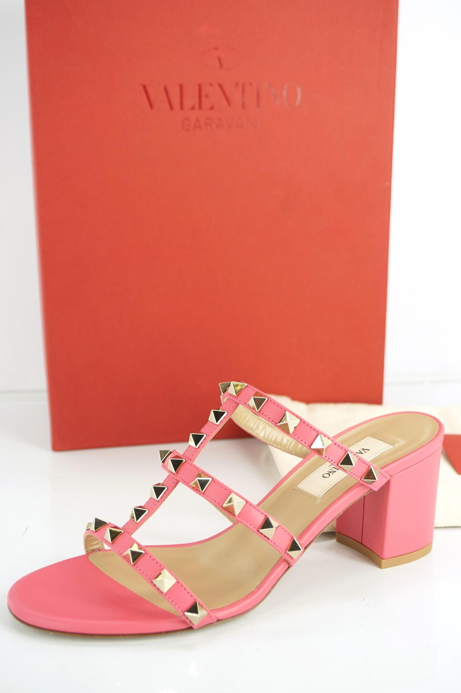 e52db7159 ... Valentino Pink Rockstud City Leather Mule Mule Mule Block Heel Slide  Sandal Pumps Size EU 36.5 ...