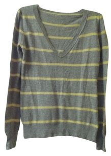 Vertigo Paris V Neck Cashmere Crystals Sweater