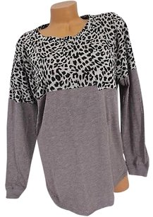 Victoria's Secret Pink Mvarsity Pocket Crew Leopard Cute T Shirt Gray