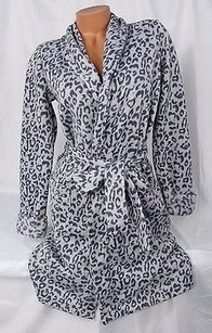 Victoria's Secret Victorias Secret Cozy Sweater Robe Gray Cheetah Leopard Short Fleece