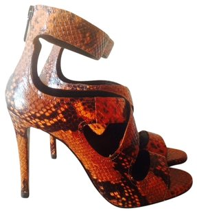 Zara Snakeskin Brown Pumps